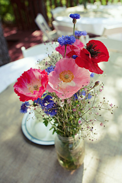 Simple-Wildflower-Arrangements