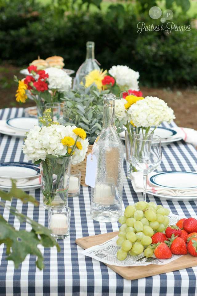 PartiesforPennies.com - Blue Gingham Table